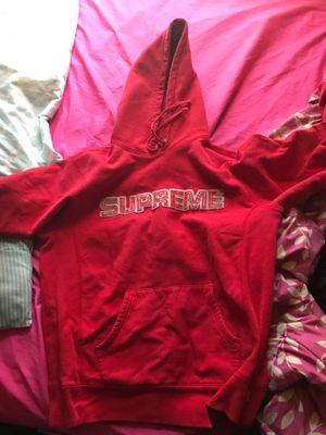Supreme hoodie for Sale in Boston, MA