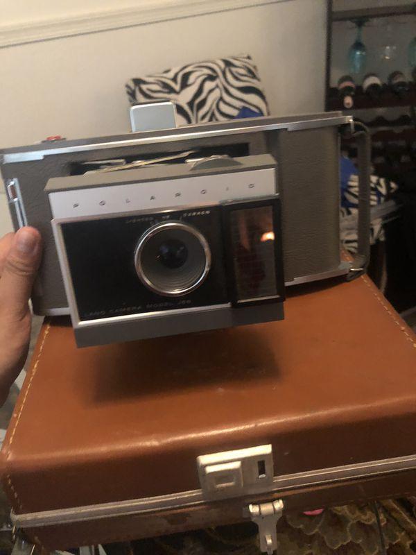 Polaroid land camera model j66