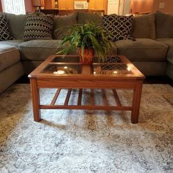 Beautiful Solid Oak 4 Pane Glass Top Coffee Table for Sale in Bonney Lake,  WA
