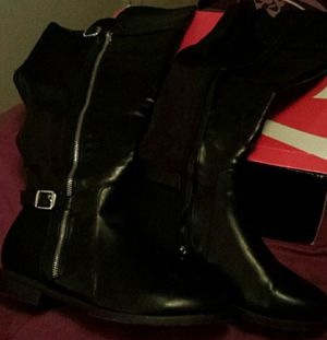 TALL WOMAN'S BOOTS SIZE 9 for Sale in Garner, NC