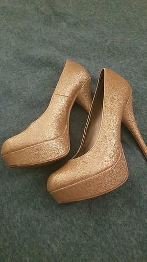 5 inch Gold heels for Sale in Lynchburg, VA