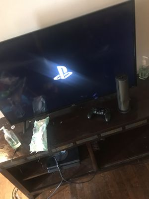 Ps4 1Tb No Games for Sale in Hartford, CT