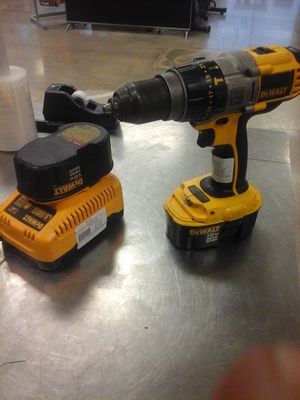 2272 fcp Dewalt Hammer drill for Sale in Houston, TX