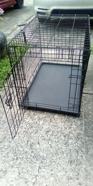 Medium Size Dog Kennel for Sale in Aloma, FL