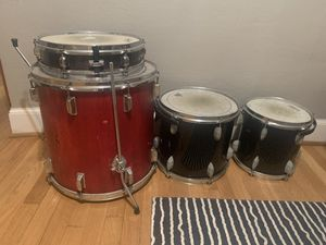 5 piece drum kit with stands for Sale in Kelso, WA