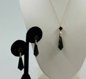 Black onyx and diamond necklace and earrings set for Sale in Mesa, AZ