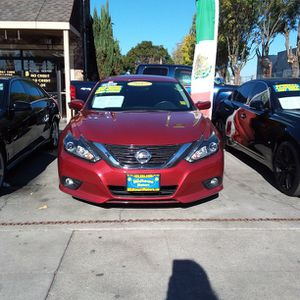 NISSAN ALTIMA Red for Sale in San Jose, CA