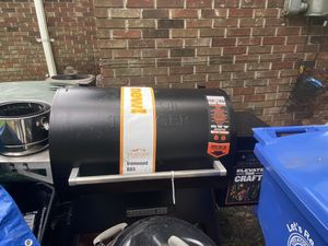TRAEGER 885 NEW for Sale in Columbia, SC