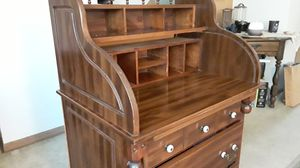 Sturdy Wooden Desk for Sale in Roselle, IL