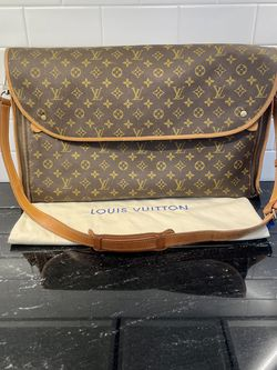 Vintage Louis Vuitton Messenger Bag for Sale in Albany,  NY