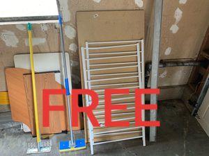 FREE - Stuff (MUST TAKE ALL) for Sale in Auburn, WA