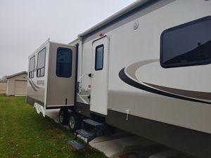 2015 Crossroads Rezerve 33-RL for Sale in Monroe, MI