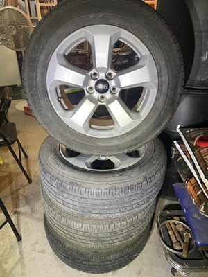 2019 Jeep latitude stock rims and tires for Sale in Midland, TX