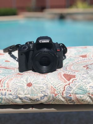 Canon Rebel T7i with 18-55 mm kit lens for Sale in Dallas, TX