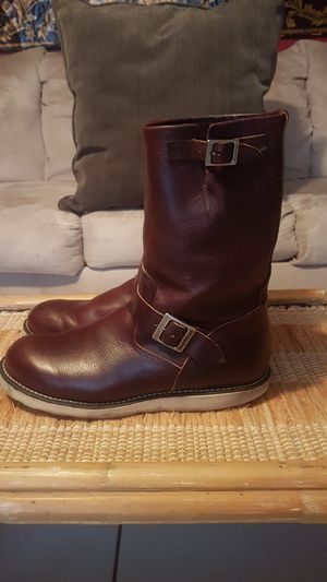 RED WING BIKER BOOTS SIZE 11 1/2 D for Sale in LAKE CLARKE, FL