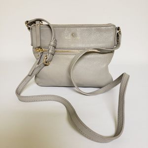Kate Spade Leather Crossbody for Sale in St. Petersburg, FL