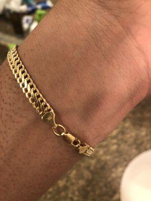 Gold bracelet for Sale in Houston, TX