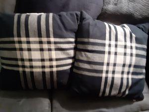 Throw pillows for Sale in Wichita, KS