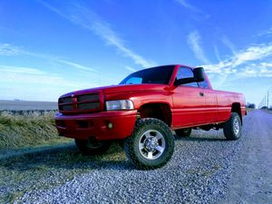 1998 Dodge ram 2500 Cummins for Sale in Ankeny, IA