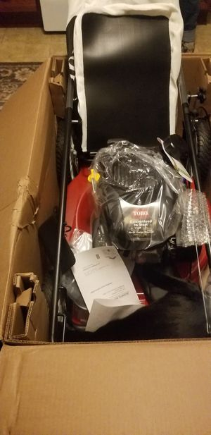 Toro recycler lawn mower for Sale in Webster, MA