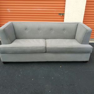 Couch for Sale in Tamarac, FL