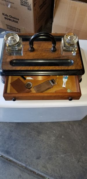 1900's inkwell for Sale in Las Vegas, NV