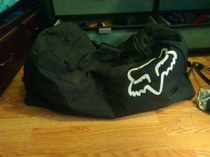 FOX Duffle Bag for Sale in Hesperia, CA
