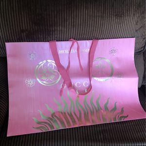 GUCCI GIFT PAPER BAG for Sale in Hemet, CA