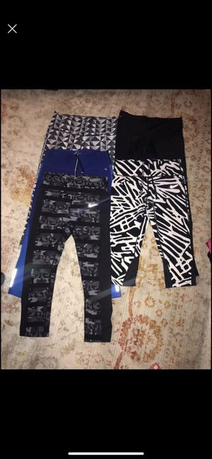 Nike women's leggings lot size small for Sale in Manvel, TX