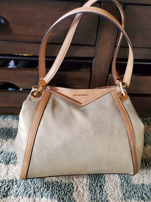 New Authentic mk purse for Sale in Kailua-Kona, HI