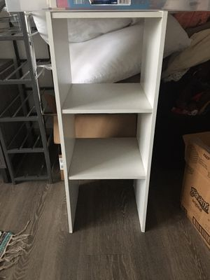 Small shelf for Sale in Arlington, TX