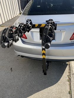 Thule 5 Bike Rack Hitch Style Bicycle Carrier for Sale in Newark,  CA