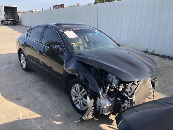 2008 Nissan Altima for parts