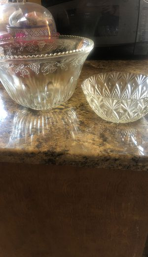 Glass bowls for Sale in Long Beach, CA