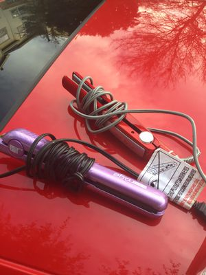 Hair straighteners 10for each for Sale in Austin, TX