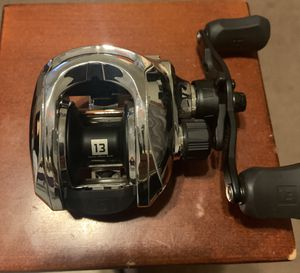 New 13 Fishing Origin Chrome Baitcast Reel 8.1:1 RH for Sale in Tolleson, AZ