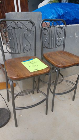 2 Bar Stools for Sale in Escondido, CA