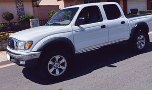 2003 Toyota Pickup/Tacoma 105k miles for Sale in Chicago, IL