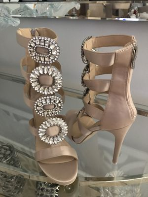 NEW NUDE CRYSTAL BOTTOM SANDALS HEELS, new in box for Sale in Miami, FL