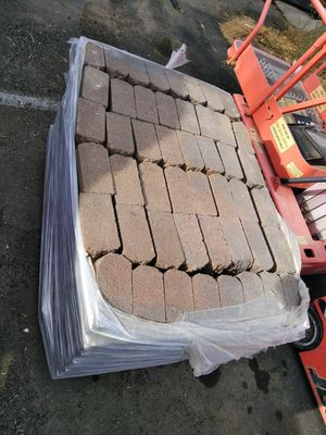 WALL PAVESTONE BLOCK ....2 PALLETS AVAILABLE for Sale in Temecula, CA