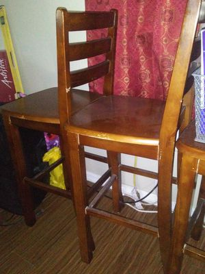 3 sillas altas for Sale in Dallas, TX