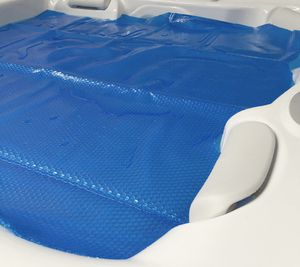 Blue Wave 8'x8' Spa Cover / Heater insulator / Solar Blanket - 12 Mil for Sale in Burbank, CA