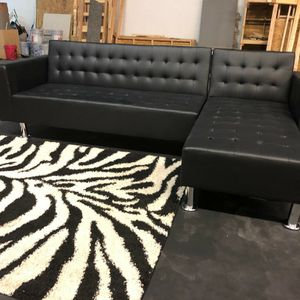 Black Leather Sectional/Sofa Bed for Sale in Atlanta, GA