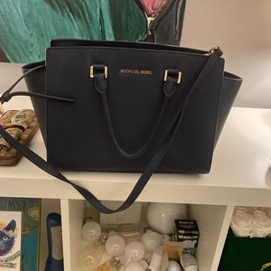 Navy Michael Lord Classic Sutton Bag for Sale in Yardley, PA