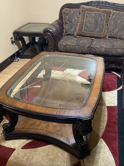 Living Room Couch/Table Set for Sale in Detroit,  MI