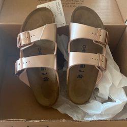Brand New Kids Birkenstock Copper Size 34 for Sale in Alexandria,  VA