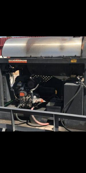 Power washer LANDA 3500 PSI 20.0HP HOT WATER for Sale in Phoenix, AZ