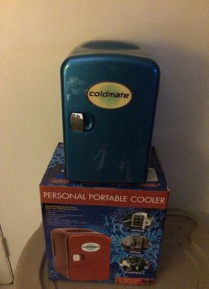 Cold mate personal portable cooler- 12 v vehicle cooler & 110 v AC/DC adapter included. Never been used for Sale in Newburgh, IN