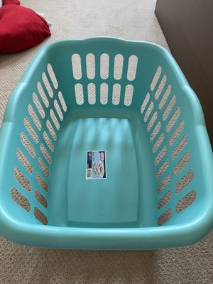 Laundry basket for Sale in Arlington, VA