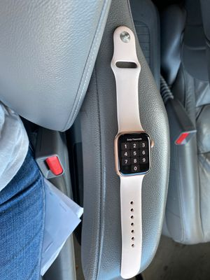 APPLE WATCH SERIES 5 W CELLULAR for Sale in Henderson, NV